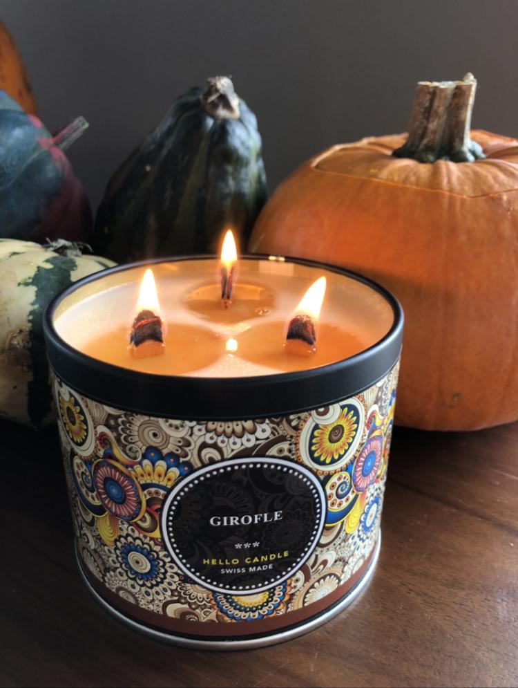 Bougie Hello Candle Cerise Noire