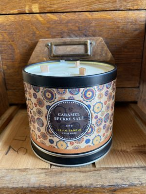 bougie caramel beurre salé Hello Candle Cerise Noire