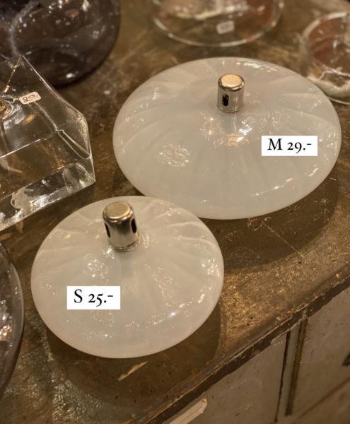 lampe a huile striée blanche cerise noire